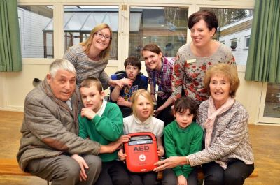 New Defibrillator at Garth School (photo taken by Tim Wilson, Spalding Guardian - used with permission)
